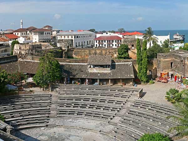 21-Stoun-Taun-amfiteatr